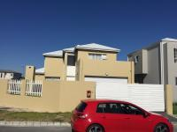 3 Bedroom 3 Bathroom House for Sale for sale in Sunningdale - CPT