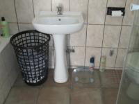 Main Bathroom - 9 square meters of property in Sasolburg