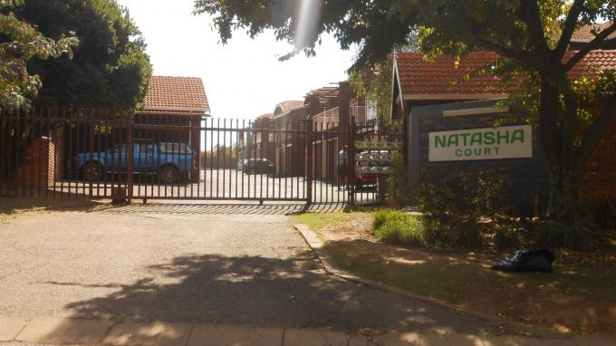 4 Bedroom Duplex For Sale in Emalahleni (Witbank)  - Private Sale - MR127090