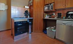 Kitchen - 7 square meters of property in Moreletapark