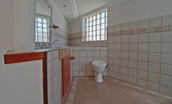Bathroom 1 - 11 square meters of property in Moreletapark