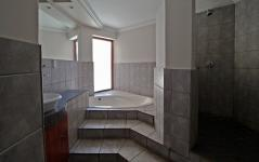 Bathroom 2 - 6 square meters of property in Moreletapark