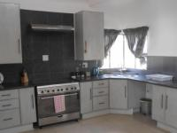 Kitchen - 18 square meters of property in Rensburg
