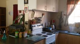 Kitchen - 10 square meters of property in Florauna