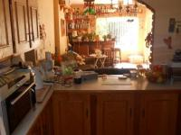Kitchen - 26 square meters of property in Crystal Park
