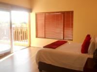 Main Bedroom - 35 square meters of property in Silver Stream Estate