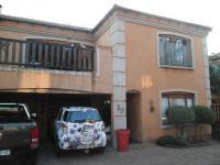 3 Bedroom 2 Bathroom in Dal Fouche