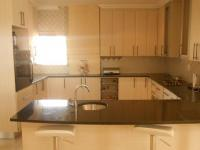 Kitchen - 19 square meters of property in Raslouw