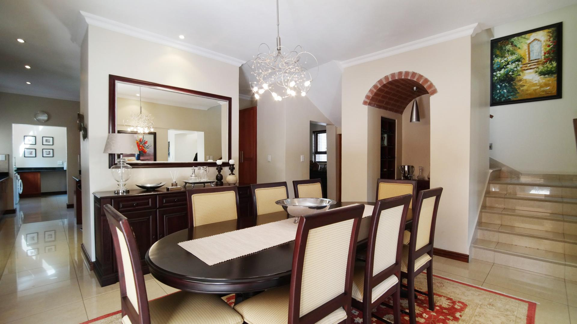 Dining Room - 33 square meters of property in Silver Lakes Golf Estate