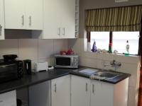 Kitchen - 8 square meters of property in Athlone - CPT