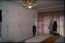 Main Bedroom - 19 square meters of property in Tongaat