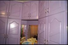 Bed Room 1 - 10 square meters of property in Tongaat
