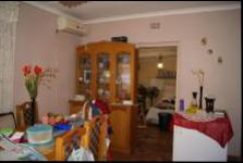 Dining Room - 15 square meters of property in Tongaat