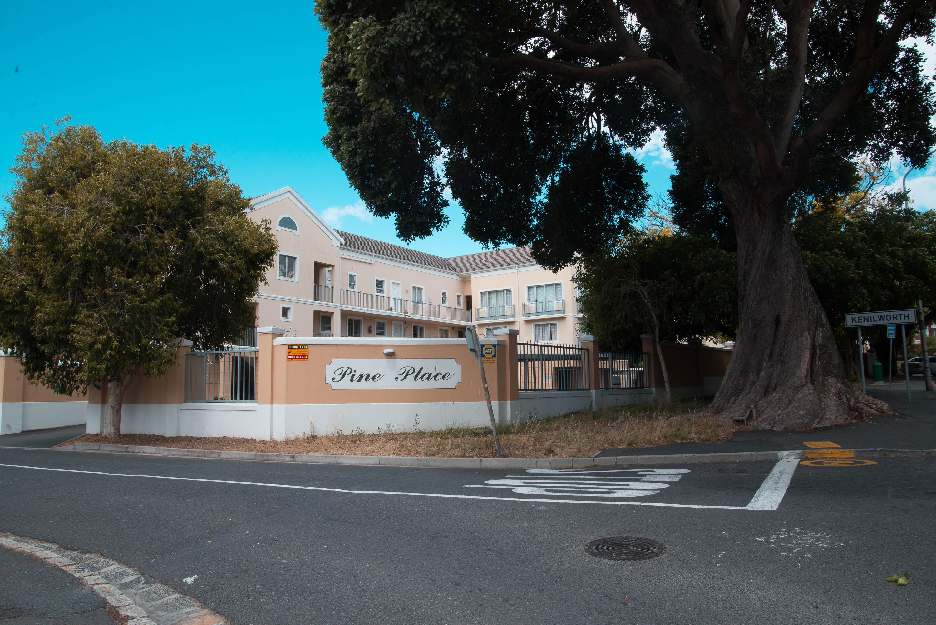 2 Bedroom Apartment For Sale in Kenilworth - CPT - Private Sale - MR127381