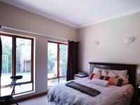 Main Bedroom - 22 square meters of property in Willow Acres Estate