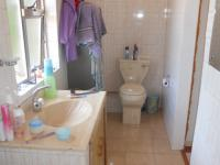 Main Bathroom - 6 square meters of property in Wyebank