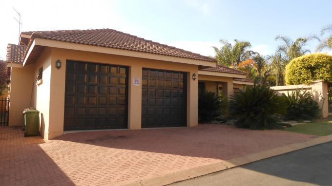 Standard Bank EasySell 5 Bedroom House for Sale For Sale in Dainfern Ridge - MR127398