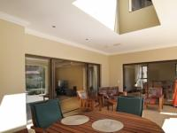 Patio - 56 square meters of property in Silver Stream Estate