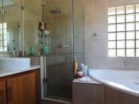 Main Bathroom of property in Silver Stream Estate