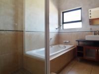 Bathroom 3+ of property in Silver Stream Estate