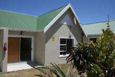3 Bedroom 1 Bathroom in Aston Bay