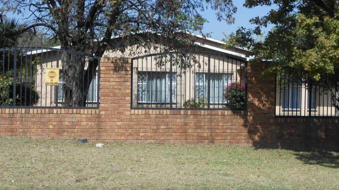 Standard Bank EasySell 3 Bedroom House for Sale For Sale in Kempton Park - MR127548