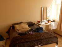 Main Bedroom - 18 square meters of property in La Montagne