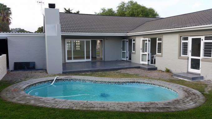 4 Bedroom House For Sale in Edgemead - Private Sale - MR127620
