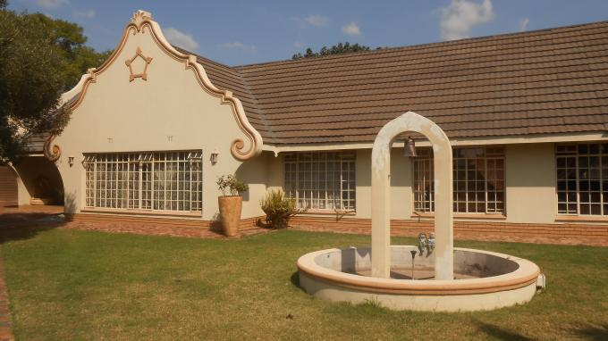 3 Bedroom House For Sale in Rustenburg - Home Sell - MR127635