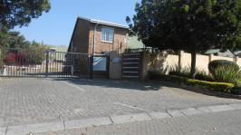 2 Bedroom 1 Bathroom Sec Title for Sale for sale in Noordwyk
