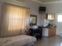 Bed Room 3 - 36 square meters of property in Randfontein