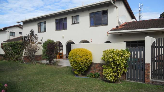 3 Bedroom Duplex For Sale in Umtentweni - Home Sell - MR127746