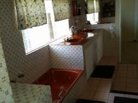 Bathroom 2 - 9 square meters of property in Randfontein