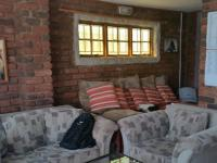 Lounges - 29 square meters of property in Randfontein