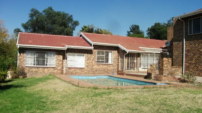 6 Bedroom House for Sale For Sale in Randpark - Home Sell - MR127779