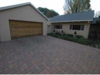 4 Bedroom 3 Bathroom in Middelburg - MP