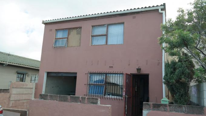Standard Bank EasySell 5 Bedroom House for Sale For Sale in Mitchells Plain - MR127892