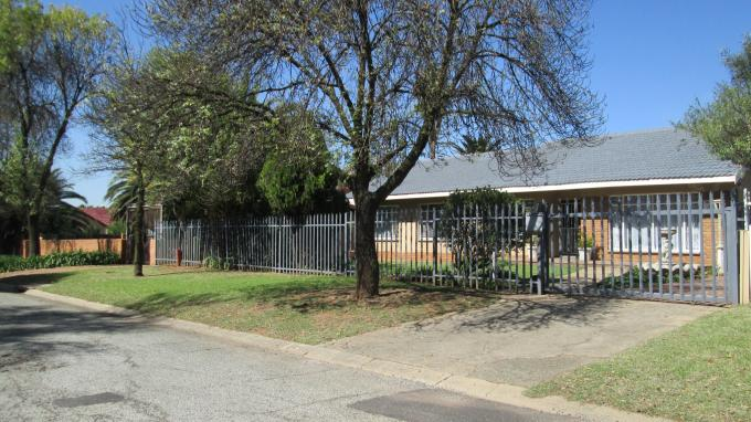 3 Bedroom House for Sale For Sale in Vaalpark - Home Sell - MR127946
