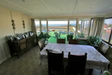 Dining Room - 16 square meters of property in Scottburgh