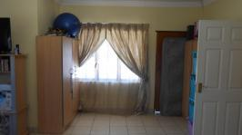 Main Bedroom - 45 square meters of property in Westpark