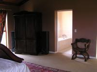 Main Bedroom of property in Culturapark