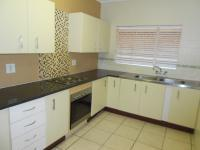Kitchen - 10 square meters of property in Sunninghill
