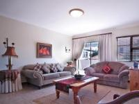 Informal Lounge - 19 square meters of property in Cormallen Hill Estate