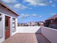Balcony - 50 square meters of property in Cormallen Hill Estate