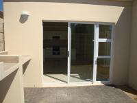 Patio - 14 square meters of property in Parklands