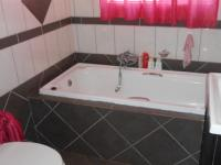 Main Bathroom - 4 square meters of property in Brakpan