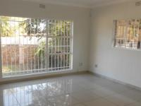 Lounges - 47 square meters of property in Sunward park