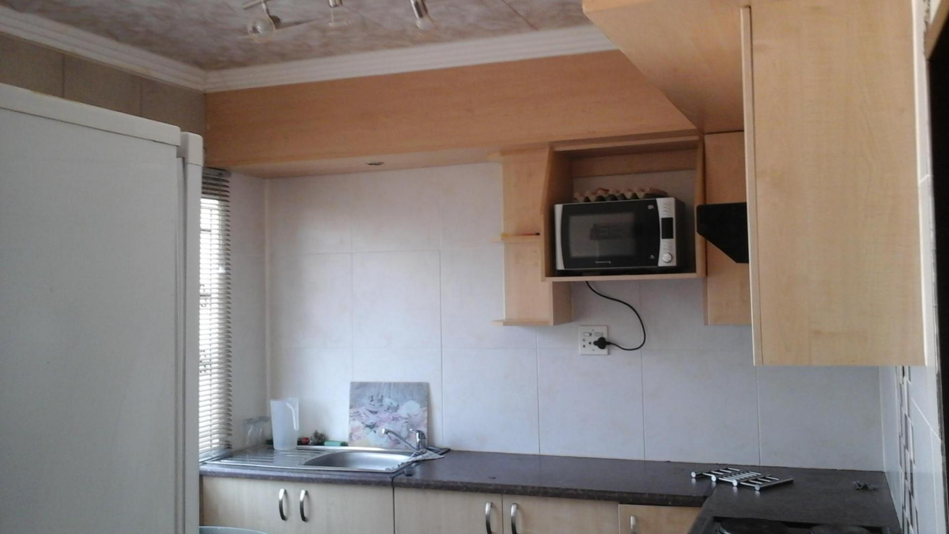 Kitchen of property in Cullinan