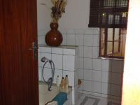 Main Bathroom - 14 square meters of property in Port Alfred