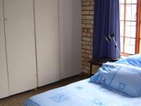 Bed Room 2 - 40 square meters of property in Port Alfred